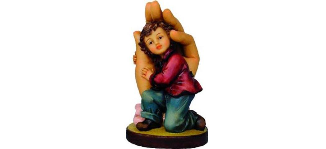 Schützende Hand Junge, Höhe 11cm, handbemalen (44148)