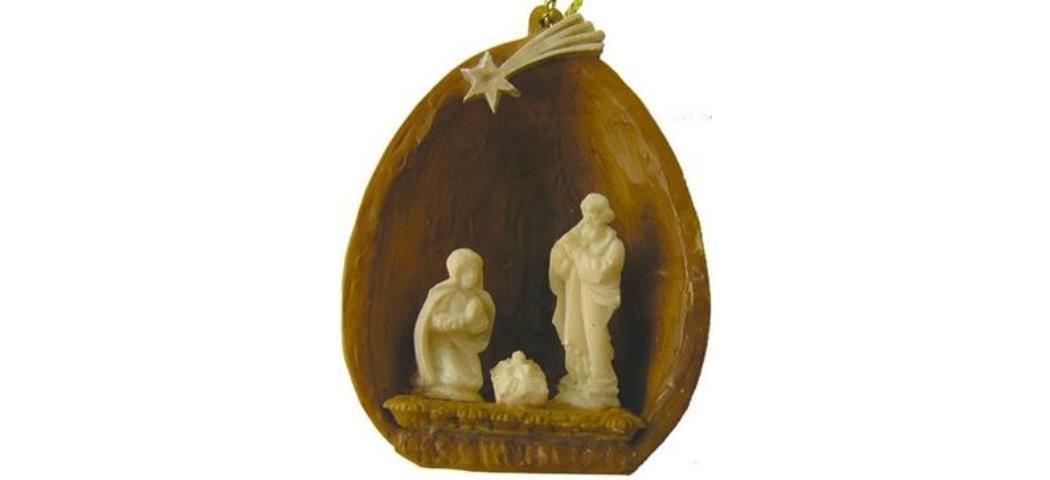Heilige Familie in Walnuss, Höhe 4,5cm, handbemalen (44830)